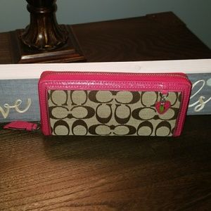 NWOT Coach Signature Wallet with Strawberry charm